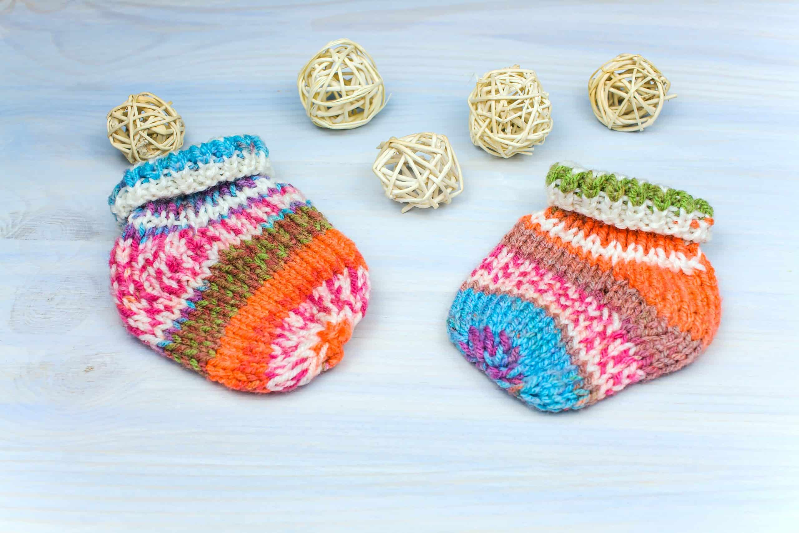 knitted baby clothes