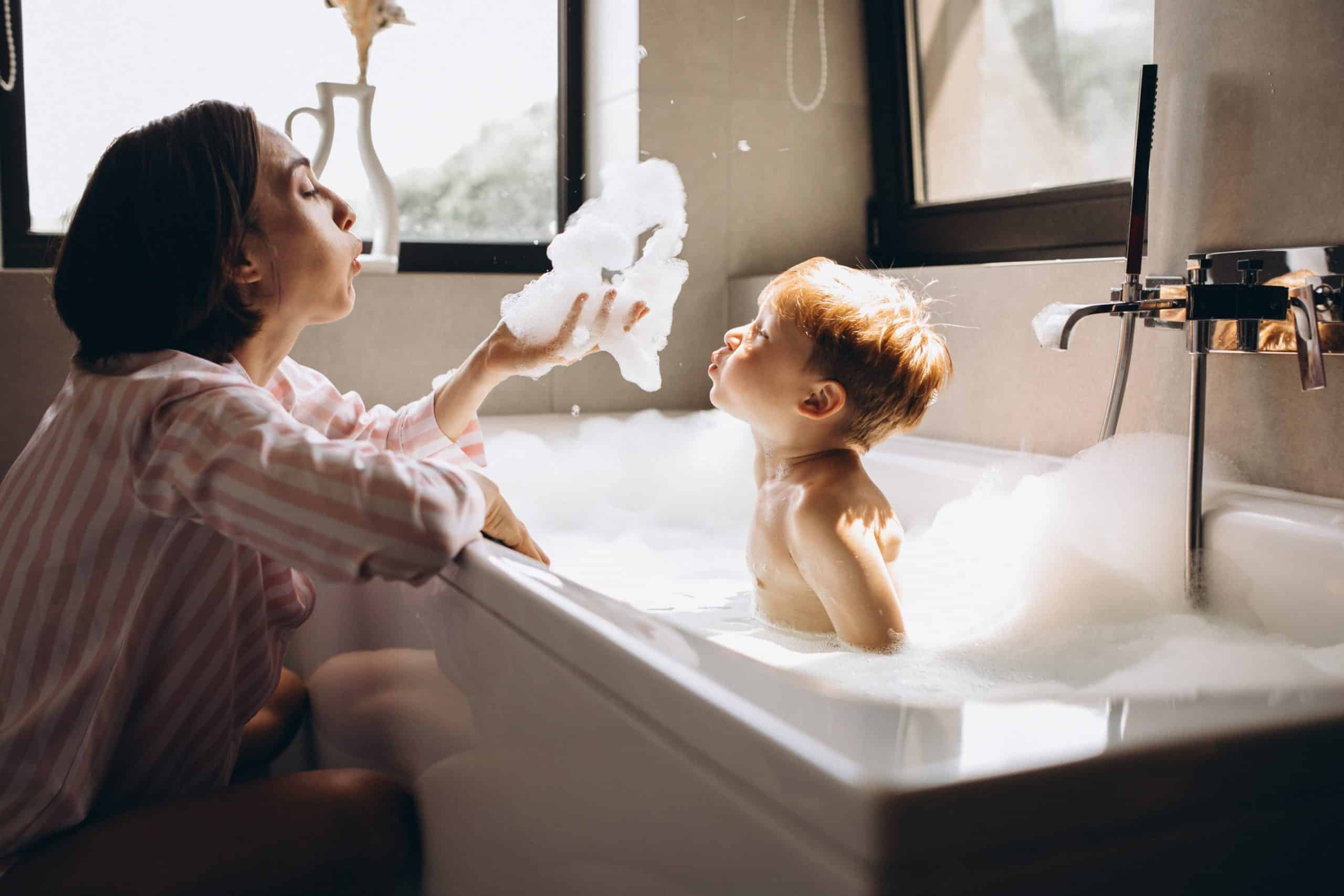 what temperature should a baby bath be